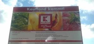 Kaufland-Bauschild (Foto: P.Arndt)