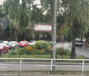 Sommerbad Humboldthain Schild