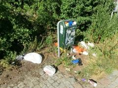 Mülleimer am Nordufer