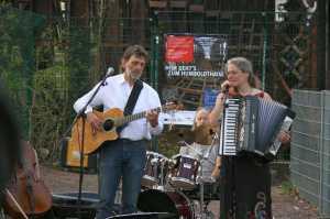 Arno Schmidt beim Konzert vor den Liesenbrücken